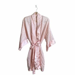 Vintage Victoria's Secret Gold Tag Paisley Print Robe